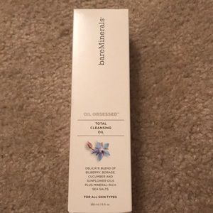 Bare Minerals Cleansing Oil